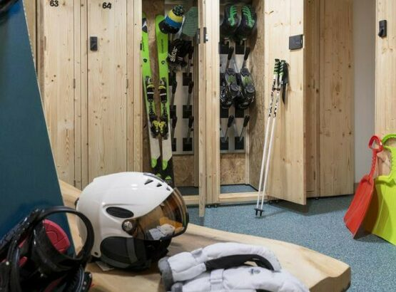 Hotel de charme a la montagne Le Taos skiroom ok